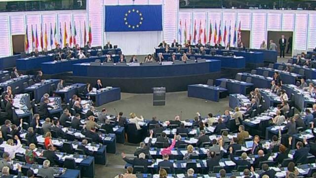 En carta al presidente Juan Manuel Santos Eurodiputados/as saludan esta nueva etapa en la construcción de paz y solicitan la participación de la sociedad civil en la misma. Asimismo, piden el pronto comienzo y avance de las negociaciones con el Ejército de Liberación Nacional, ELN.