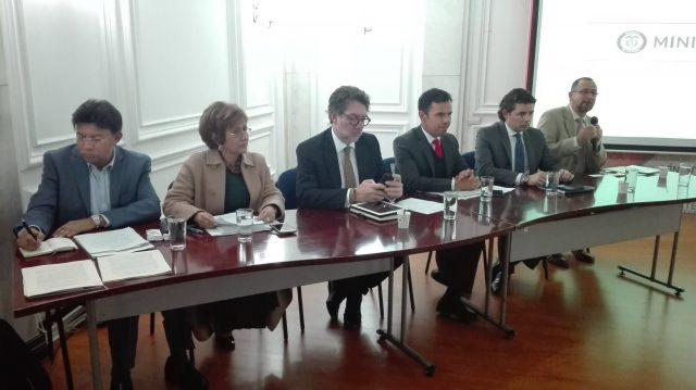 Organizaciones denuncian persistencia del paramilitarismo y falta de voluntad estatal para su judicialización y desmantelamiento